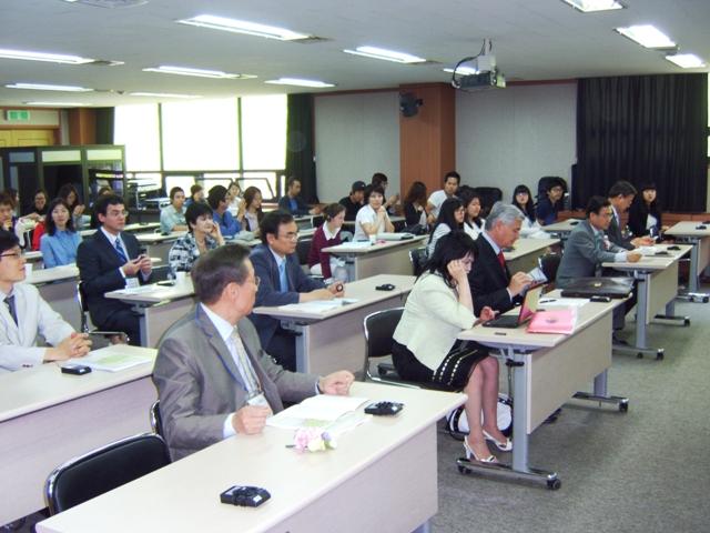 국제학술회의1106032.JPG